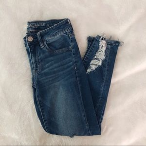 American Eagle Next Level Jegging Crop